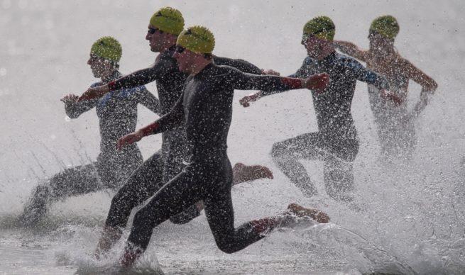 Pulse Port Beach Triathlon swim start.